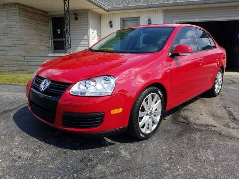 2010 Volkswagen Jetta for sale at CALDERONE CAR & TRUCK in Whiteland IN