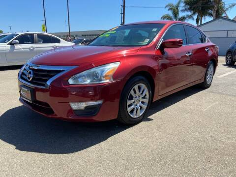2014 Nissan Altima for sale at Auto Max of Ventura in Ventura CA