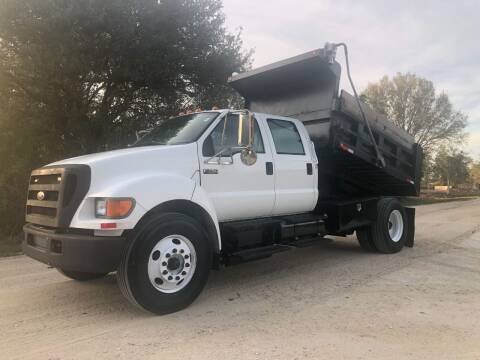 2004 Ford F-750 Super Duty for sale at S & N AUTO LOCATORS INC in Lake Placid FL