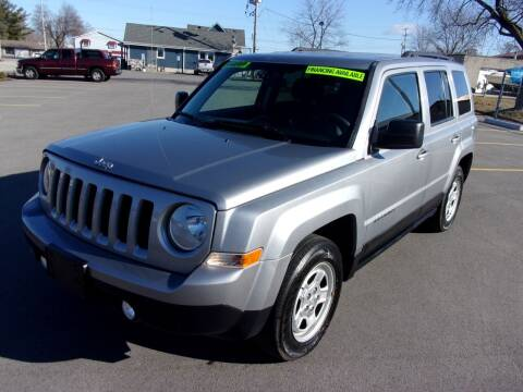 2015 Jeep Patriot for sale at Ideal Auto Sales, Inc. in Waukesha WI