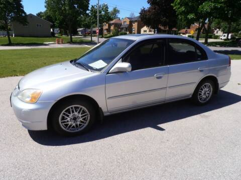 2002 Honda Civic for sale at A-Auto Luxury Motorsports in Milwaukee WI