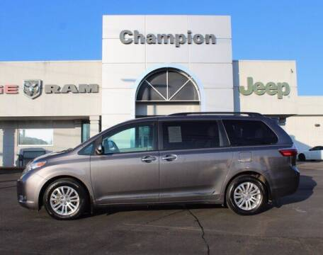 2017 Toyota Sienna for sale at Champion Chevrolet in Athens AL