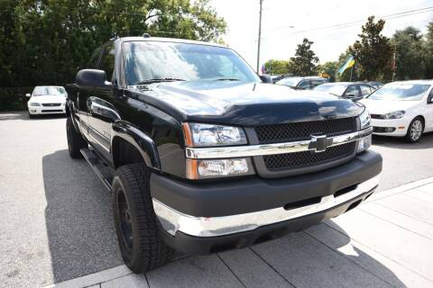 2005 Chevrolet Silverado 2500HD for sale at Grant Car Concepts in Orlando FL