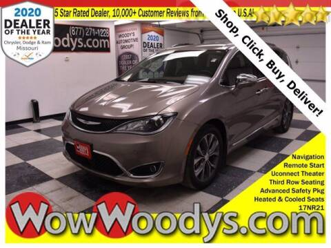 2017 Chrysler Pacifica for sale at WOODY'S AUTOMOTIVE GROUP in Chillicothe MO