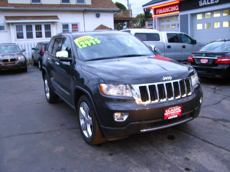 2011 Jeep Grand Cherokee for sale at CLASSIC MOTOR CARS in West Allis WI