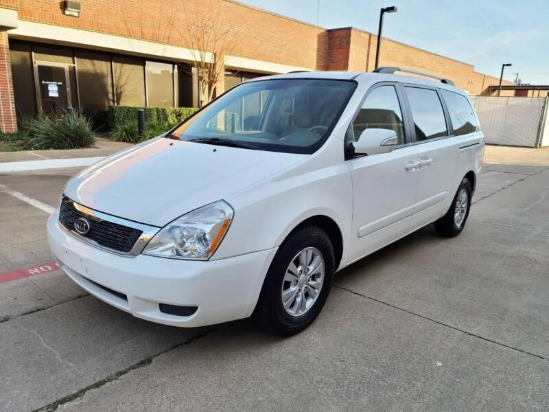 2012 Kia Sedona for sale at DFW Autohaus in Dallas TX