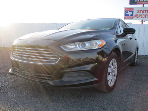 2013 Ford Fusion for sale at Texas Country Auto Sales LLC in Austin TX