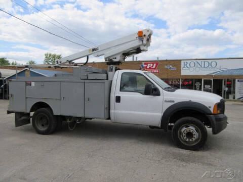 2007 Ford F-450 Super Duty for sale at Rondo Truck & Trailer in Sycamore IL