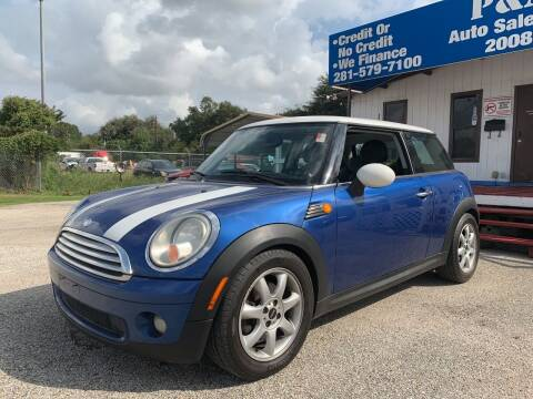 2009 MINI Cooper for sale at P & A AUTO SALES in Houston TX