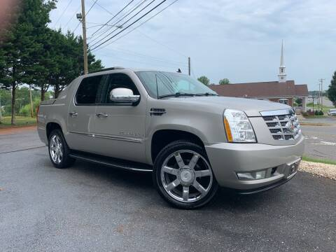 2008 Cadillac Escalade EXT for sale at Mike's Wholesale Cars in Newton NC