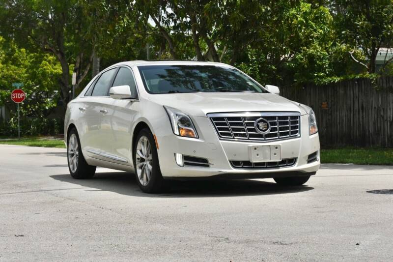 2013 Cadillac XTS for sale in Hollywood, FL
