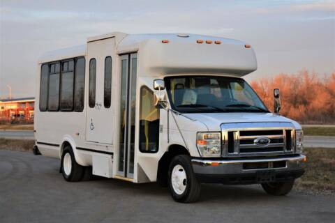 2010 Ford E-350 for sale at Signature Truck Center in Lake Village IN