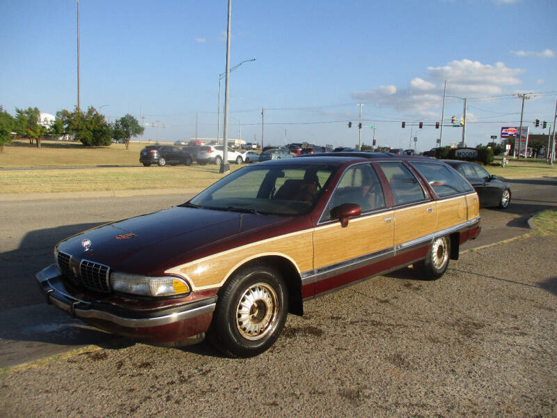 1992 Buick Roadmaster for sale at BUZZZ MOTORS in Moore OK
