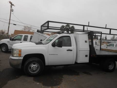 2007 Chevrolet Silverado 3500HD CC for sale at Armstrong Truck Center in Oakdale CA