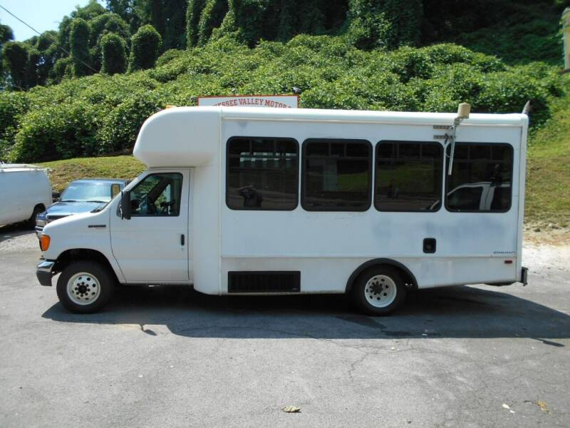 2006 Ford E-Series Chassis for sale in Knoxville, TN