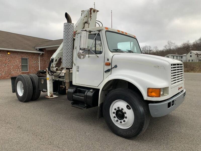1991 International 4900 for sale at Henderson Truck & Equipment Inc. in Harman WV
