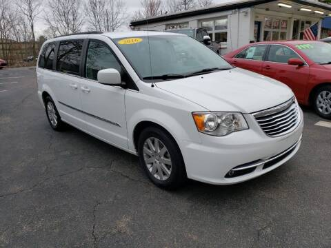 2016 Chrysler Town and Country for sale at Highlands Auto Gallery in Braintree MA