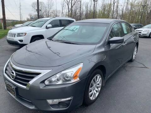 2015 Nissan Altima for sale at Lighthouse Auto Sales in Holland MI