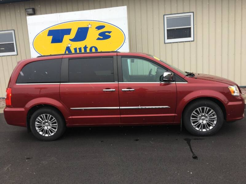2013 Chrysler Town and Country for sale at TJ's Auto in Wisconsin Rapids WI
