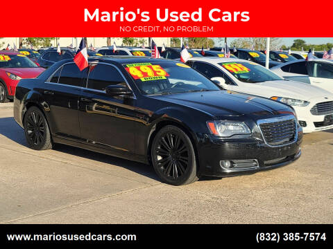 2013 Chrysler 300 for sale at Mario's Used Cars in Houston TX