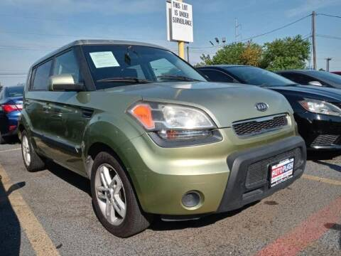 2011 Kia Soul for sale at Auto Plaza in Irving TX
