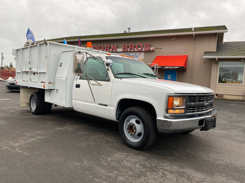 2000 Chevrolet C/K 3500 Series for sale at Dorn Brothers Truck and Auto Sales in Salem OR