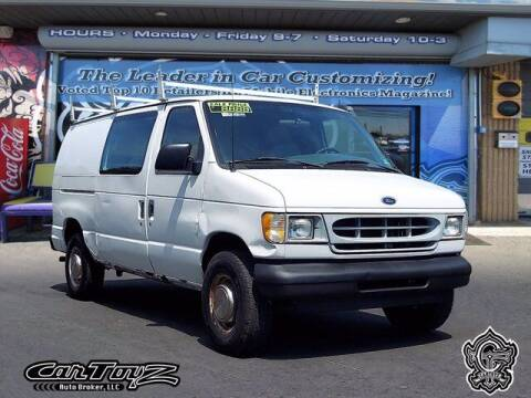 2002 Ford E-Series Cargo for sale at Distinctive Car Toyz in Pleasantville NJ