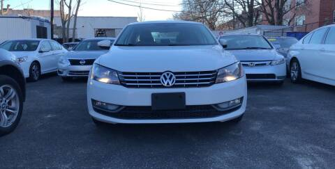 2012 Volkswagen Passat for sale at OFIER AUTO SALES in Freeport NY