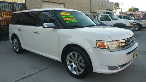 2009 Ford Flex for sale at El Guero Auto Sale in Hawthorne CA