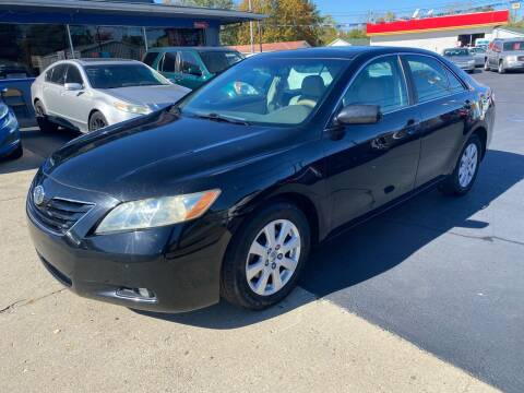 2007 Toyota Camry for sale at Wise Investments Auto Sales in Sellersburg IN