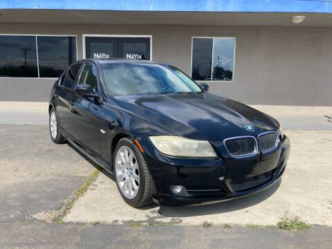 2010 BMW 3 Series for sale at AUTO NATIX in Tulare CA