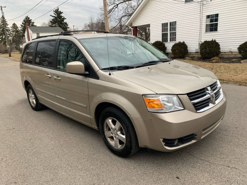 2008 Dodge Grand Caravan for sale at Via Roma Auto Sales in Columbus OH