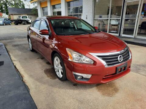 2015 Nissan Altima for sale at PIRATE AUTO SALES in Greenville NC