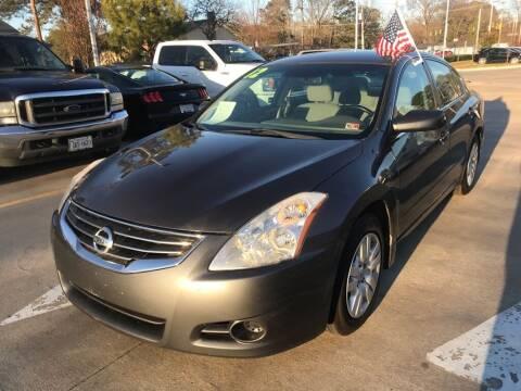 2012 Nissan Altima for sale at Dad's Auto Sales in Newport News VA