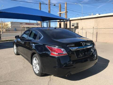 2015 Nissan Altima for sale at Autos Montes in Socorro TX