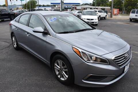 2017 Hyundai Sonata for sale at World Class Motors in Rockford IL