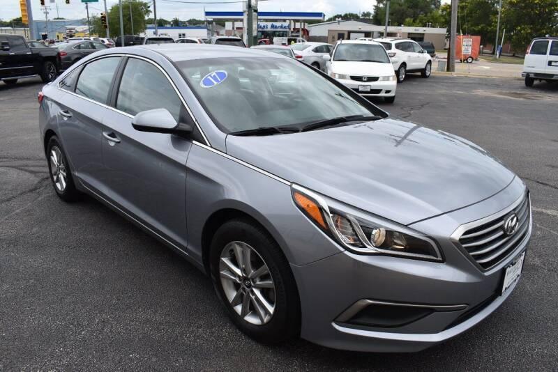 2017 Hyundai Sonata for sale at World Class Motors in Rockford IL