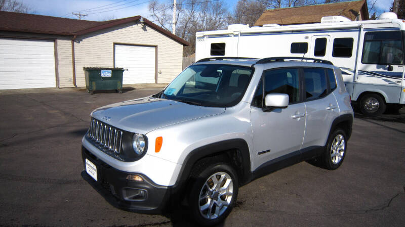 2017 Jeep Renegade for sale at Auto Shoppe in Mitchell SD