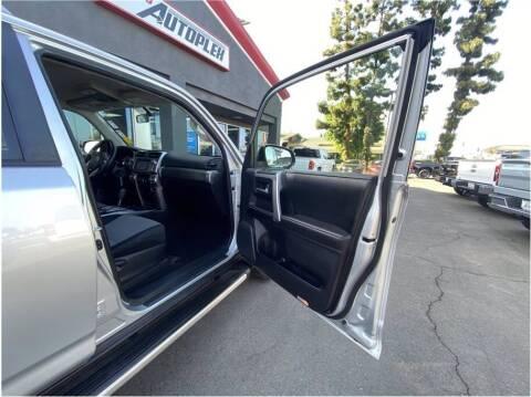 2014 Toyota 4Runner for sale at Carros Usados Fresno in Fresno CA