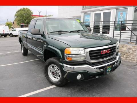 2004 GMC Sierra 2500HD for sale at AUTO POINT USED CARS in Rosedale MD
