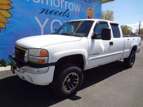 2006 GMC Sierra 2500HD for sale at FINISH LINE AUTO SALES in Idaho Falls ID