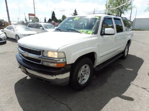2001 Chevrolet Suburban for sale at Gold Key Motors in Centralia WA