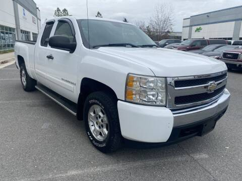 2008 Chevrolet Silverado 1500 for sale at PM Auto Group LLC in Chantilly VA