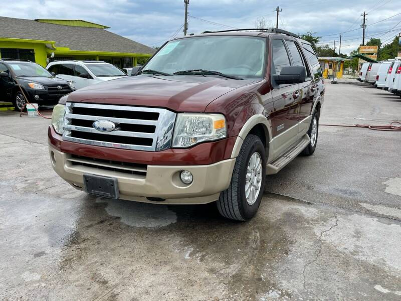 2008 Ford Expedition for sale at RODRIGUEZ MOTORS CO. in Houston TX