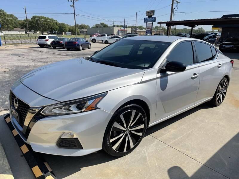 2019 Nissan Altima for sale at Kansas Auto Sales in Wichita KS
