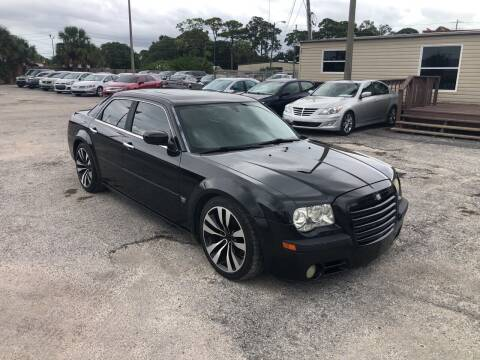 2006 Chrysler 300 for sale at Friendly Finance Auto Sales in Port Richey FL