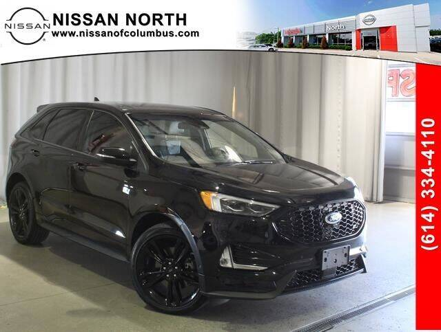 2019 Ford Edge for sale at Auto Center of Columbus in Columbus OH