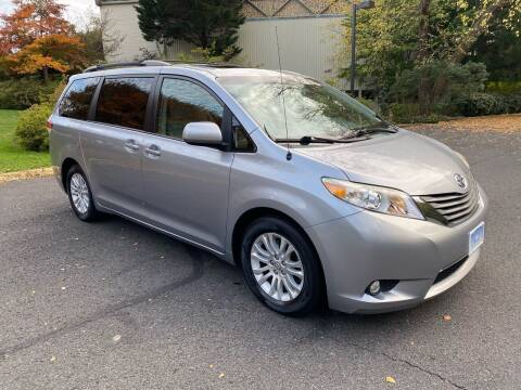 2013 Toyota Sienna for sale at Car World Inc in Arlington VA