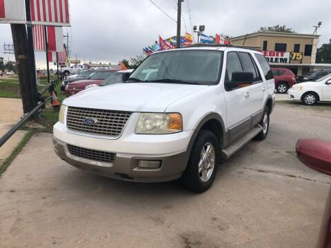 2004 Ford Expedition for sale at FREDY CARS FOR LESS in Houston TX