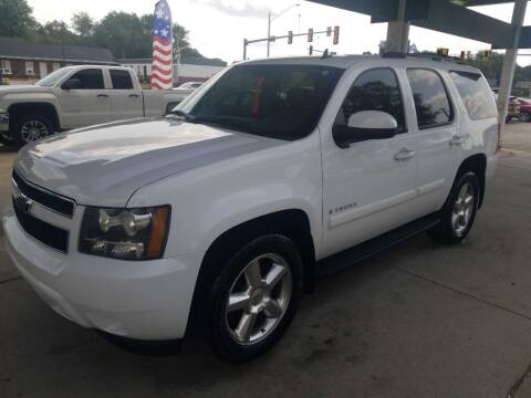 2007 Chevrolet Tahoe for sale at SpringField Select Autos in Springfield IL